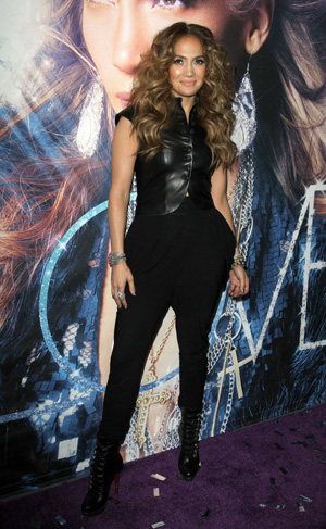 Jennifer Lopez wearing all black