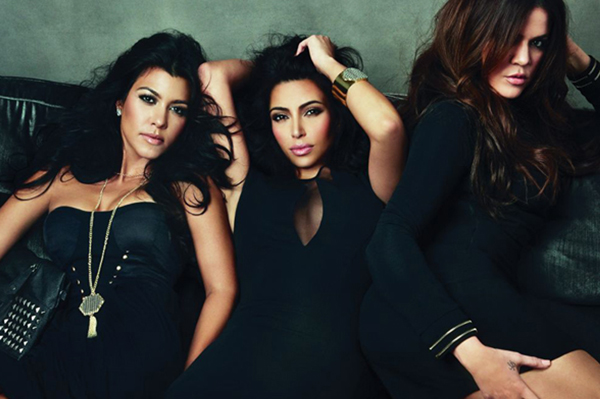 Khloe and Kourtney Kardashian protect Kim Kardashian