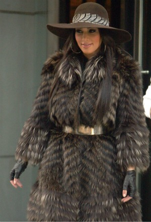 Kardashian  on Kim Kardashian Loves Fashion    And Her Outfits Often Include Fur
