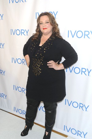 Melissa McCarthy pays Anderson a visit