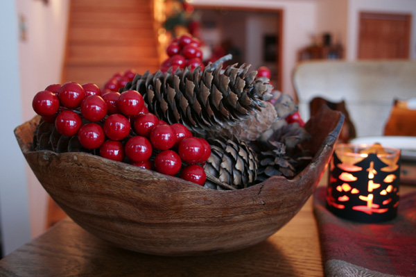 Quick and creative holiday decorations
