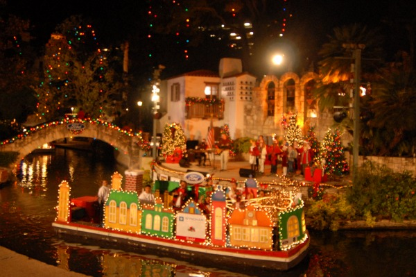 Holiday River Parade - San Antonio
