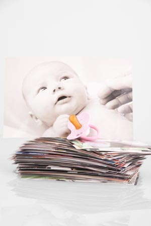 storing-baby-photos