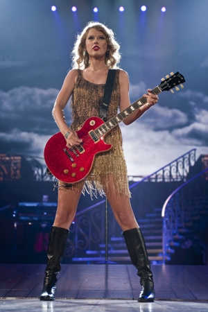 Taylor Swift gets songwriter accolades