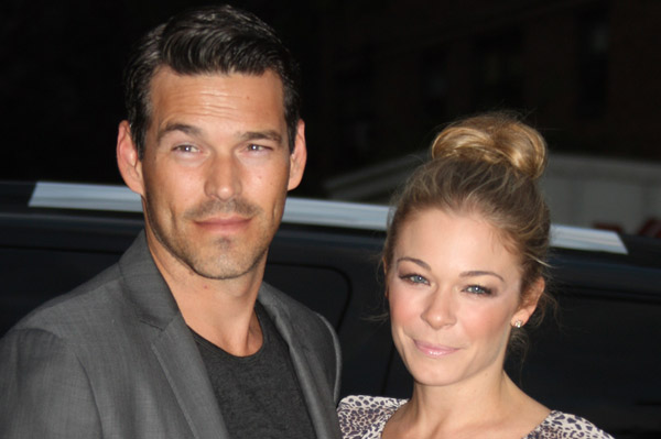 LeAnn Rimes changes her Twitter name