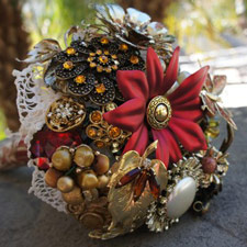 vintage brooch bouquets