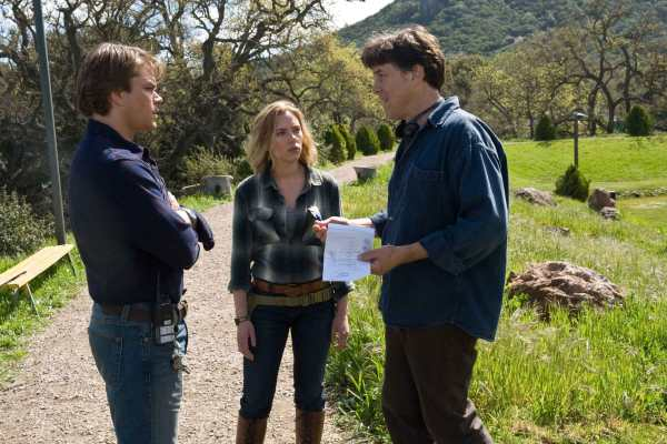 Cameron Crowe directing Matt Damon to be Benjamin Mee in We Bought a Zoo.
