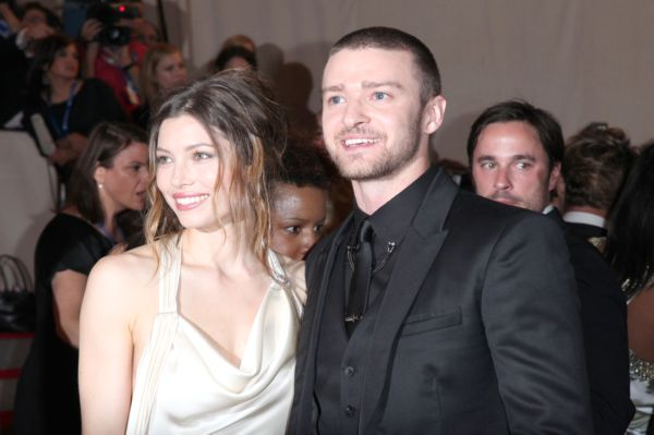 Biel and Timberlake tying the knot?