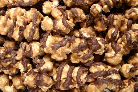 Chocolate peppermint popcorn