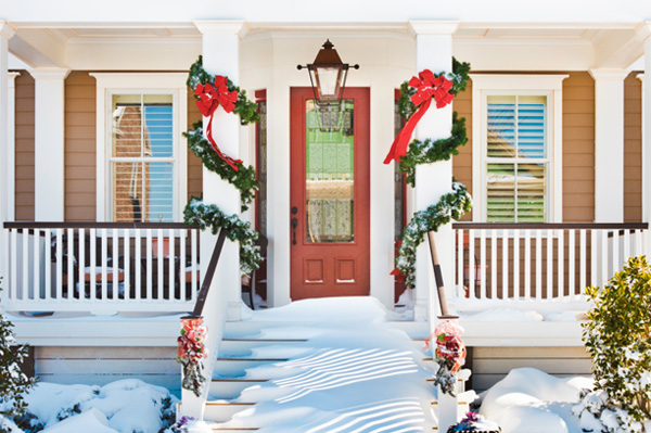 Classic Christmas outdoor decor