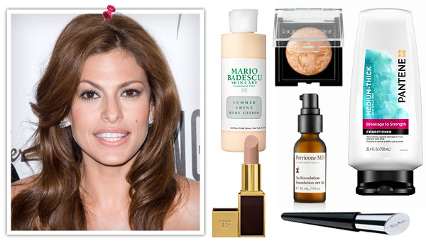 Eva Mendes shares her holiday look