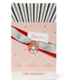 First Aid Beauty 5 In 1 Kit