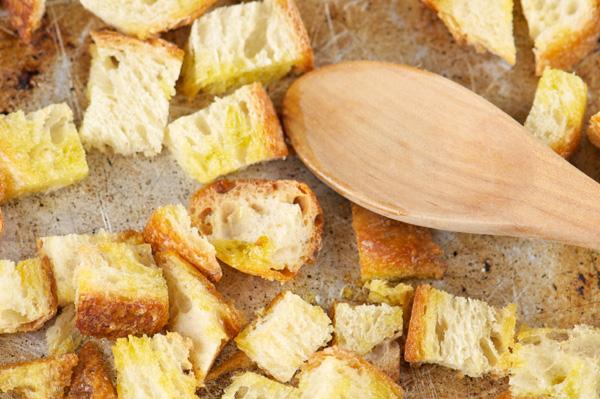 Homemade gluten-free croutons