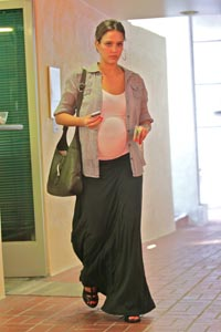 Cutest Celebrity Baby Bumps Of 2011