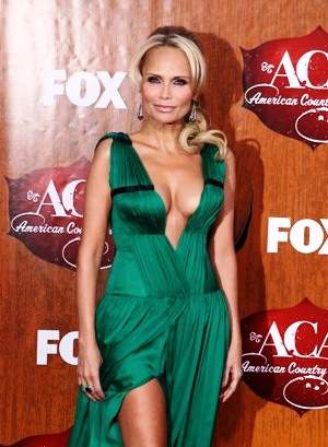 Kristin chenoweth hot ass