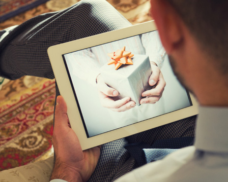 Hot holiday gifts: iPads, iPhones and HDTVs