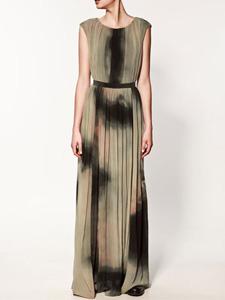 floor-skimming dress