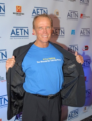 Peter Weller heads to space