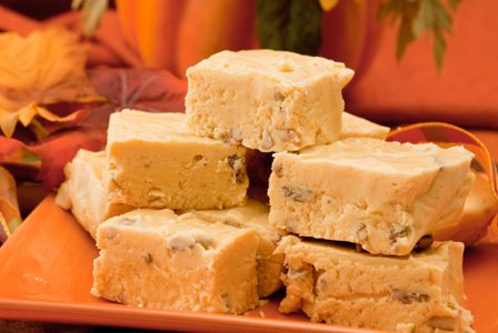 Pumpkin nut fudge