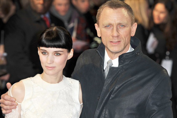 Rooney Mara and Daniel Craig at The Girl With the Dragon Tattoo premiere