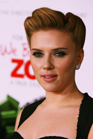 Scarlett Johansson talks about nude photos, again