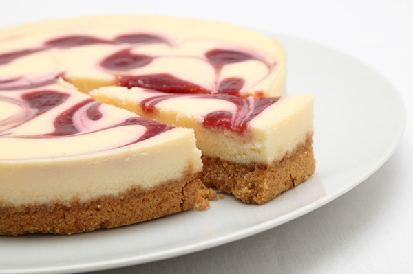 Skinny Christmas berry cheesecake