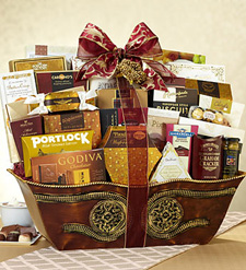 Tastes of Distinction Gift Basket