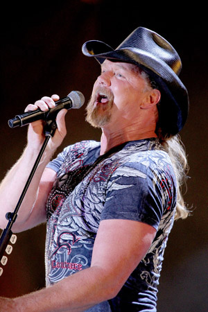 Trace Adkins talks hosting and judging