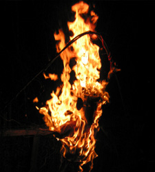 Wedding custom Ukraine - Burning effigy