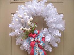 White winter wonderland wreath