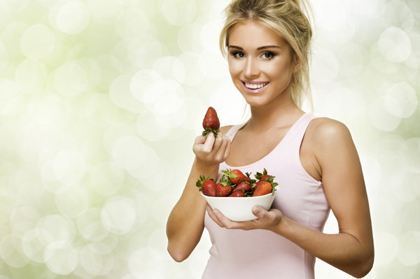 Eat berries for clear skin