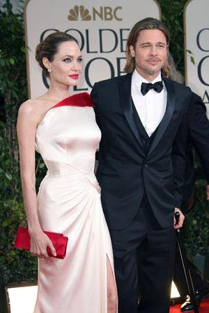 Angelina Jolie talks plans with Brad