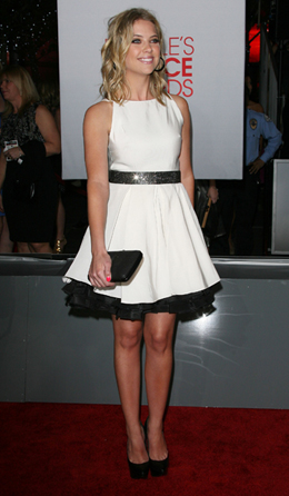 Ashley Benson at People's Choice Awards