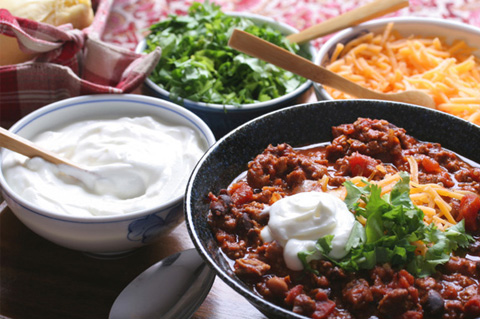Chilli with toppings