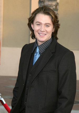 Clay Aiken rates the reality hosts