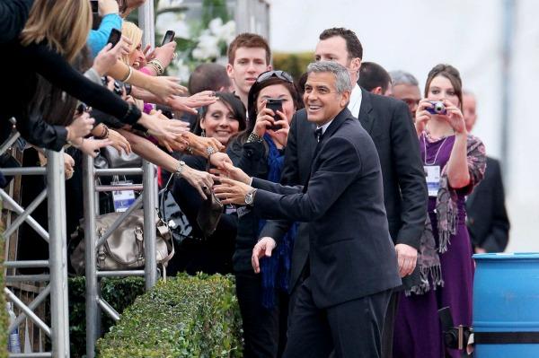 Who won big at the Golden Globe Awards?