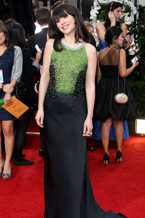 Zooey Deschanel rocked a tuxedo manicure at the Golden Globes