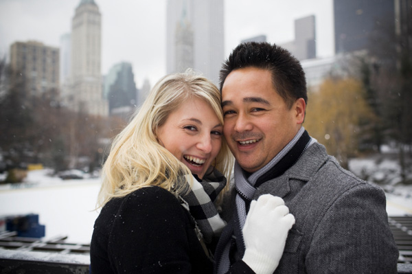 Couple on winter vacation in NYC