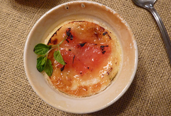 Grapefruit and mint creme brulee