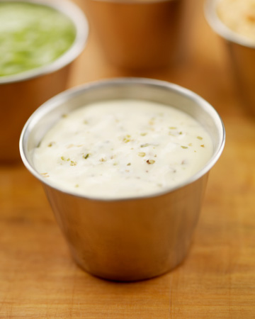 Quick and easy homemade ranch dressing