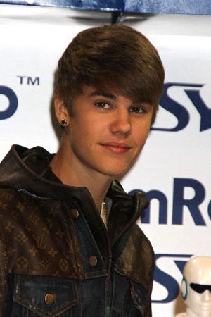 Justin Bieber shows his dark side
