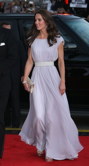 Kate Middleton shines in glamourous Hollywood appearance.