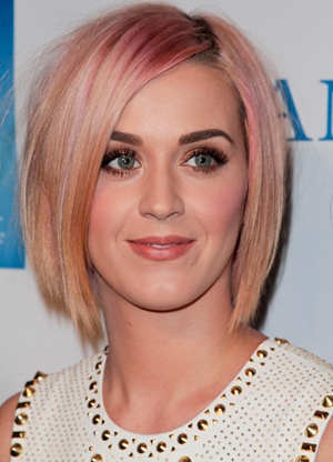 Katy Perry -- Demi bob