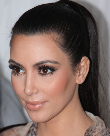 Kim Kardashian's false eyelashes