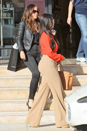 Kim Kardashian leaving Barneys New York in Beverly Hills