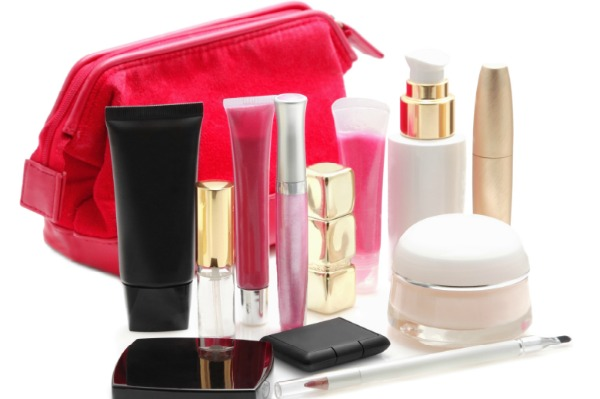 How to clean out your makeup bag