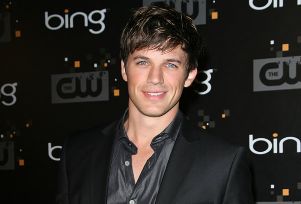 Matt Lanter is 90210's Liam