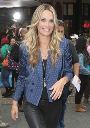 Honeymoon baby for Molly Sims