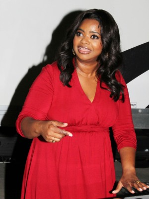 OCTAVIA SPENCER just cant keep herself from eating peanut butter in ...