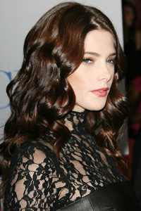 Ashley Greene's sexy curls